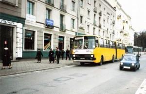 Autobus w III al.NMP przed remontem