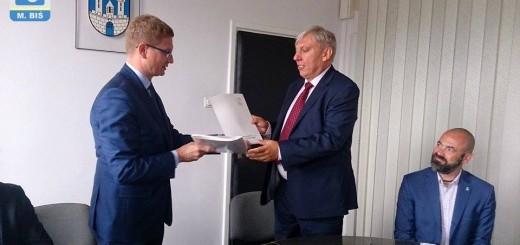 Karta miejska - podpisanie umowy