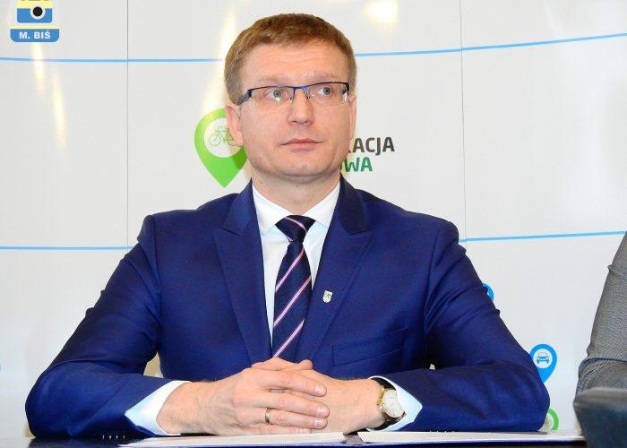 K. Matyjaszczyk