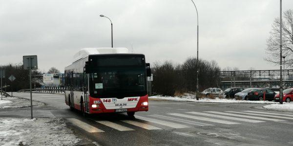 Autobus 148